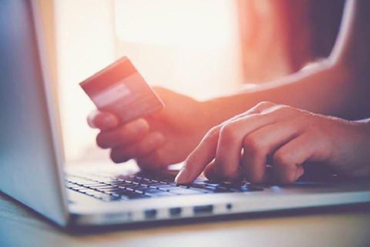 Kredi çekerek kredi kartı borcu ödemek hesaplı mı?