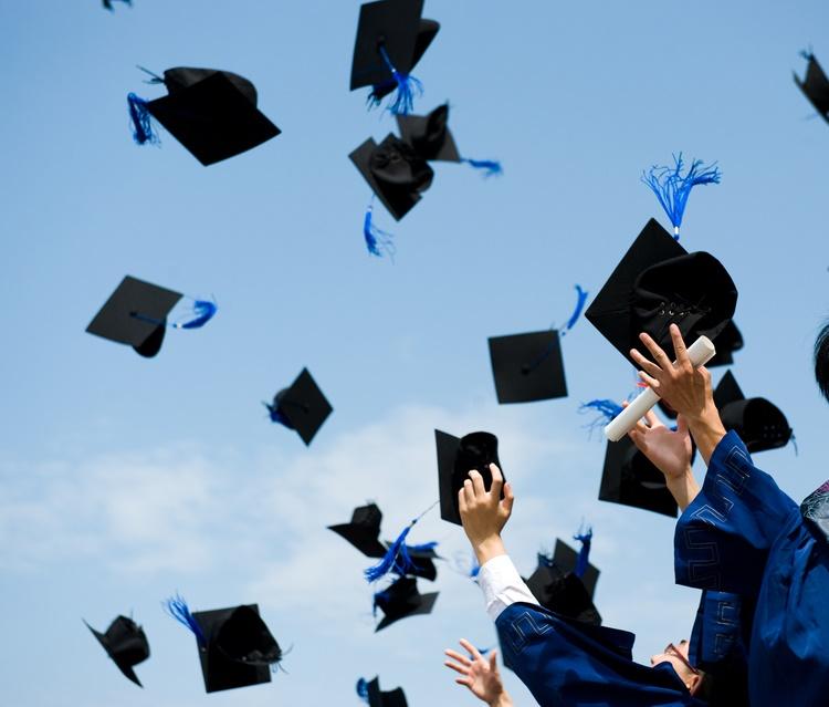 Üniversiteden mezun olmadan önce ulaşmanız gereken finansal hedefler
