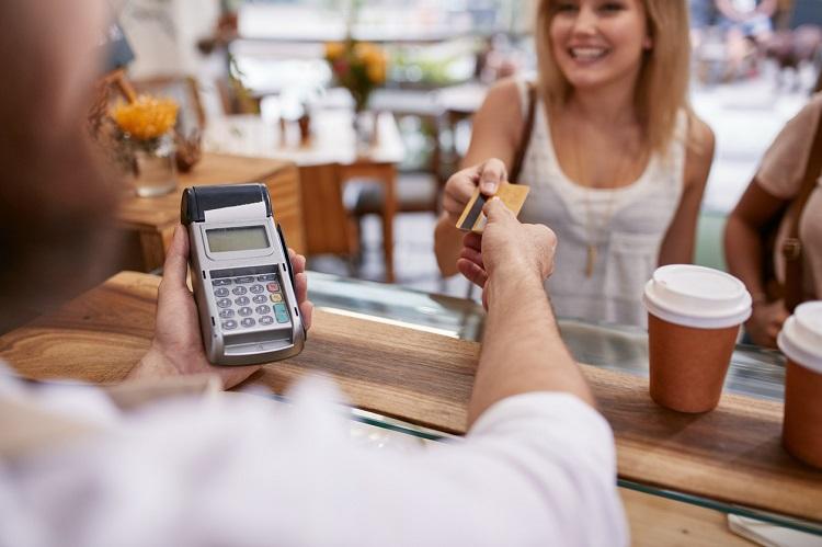 Kredi Kartı Taksitlerinin Artmasının Olumlu Ve Olumsuz Yanları