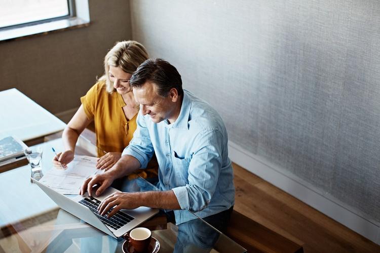 Eşinizin kredi raporu durumunu bilmeniz gerektiğini gösteren 3 sebep